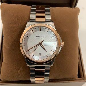 Gucci G-Timeless Unisex Watch YA126473
